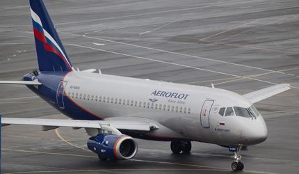 Вылетевший в Самару SSJ-100 вернулся в Шереметьево