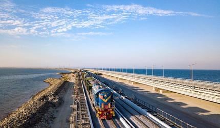 Железнодорожную часть Крымского моста достроят с опережением графика