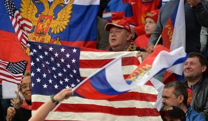 Американский народ поздравил россиян
