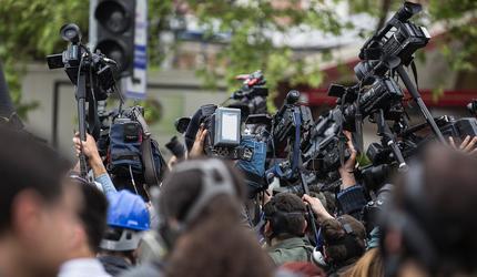 Британия вступилась за преследуемых по всему миру журналистов