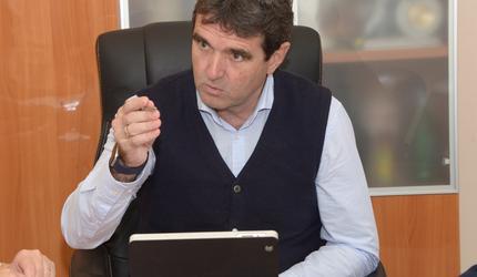 Андрей Келлер провел совещание по организации перевозки детей из мкр Керва