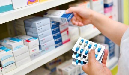 Россия решилась на закупку не зарегистрированных лекарств