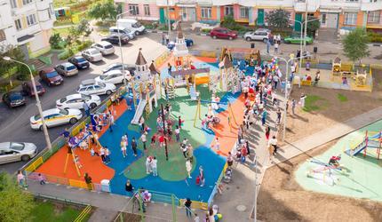 В поселке Октябрьский городского округа Люберцы открыли новую детскую площадку