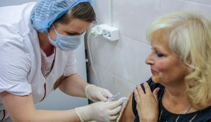 В подмосковных Люберцах началась вакцинация от гриппа