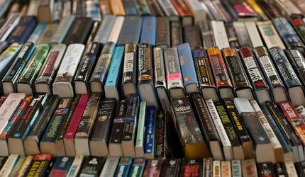 Книга Сноудена бьет рекорды по продажам