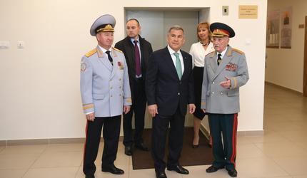 Президент Татарстана посетил республиканское ДОСААФ