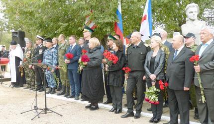 Поисковики подняли в Керчи останки 95 бойцов Красной армии