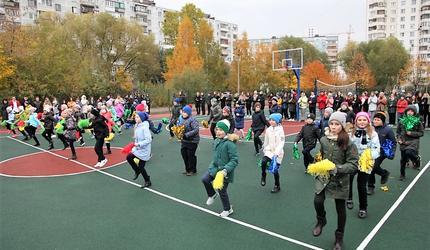 Новый школьный стадион появился в подмосковных Люберцах