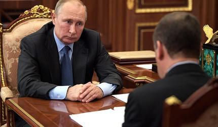 Путин и Медведев обсудили здоровье страны
