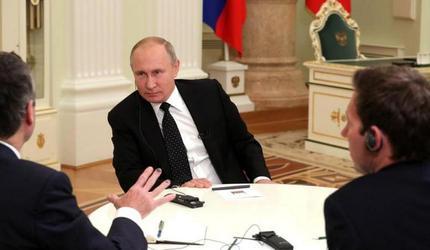 Путин совершил перестановки глав управлений