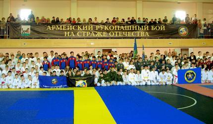 Юные иркутские «рукопашники» оказались сильнее соперников