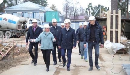 В подмосковной Малаховке идет строительство новой школы