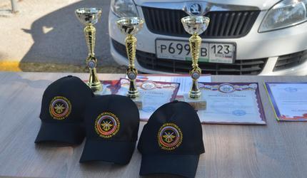 Свой профессиональный праздник инструкторы автошкол отметили конкурсом