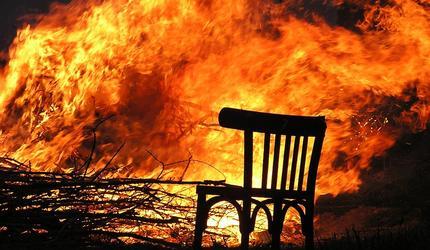 """В Хакасии начальник пожарной части поджигал дома, чтобы """"проверить"""" подчиненных"""