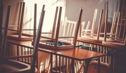 Школьное чаепитие в Новосибирске закончилось унижением ребенка