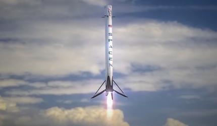 Во время испытаний в США взорвалась опытная ракета SpaceX