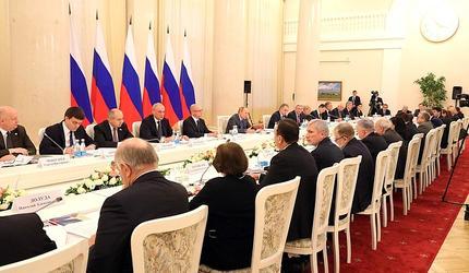 Путин надеется, что в России не приживутся некоторые «западные ценности»