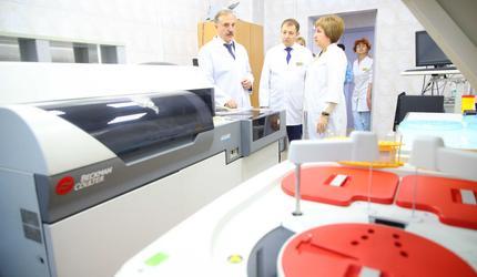 Глава Люберец проверил качество ремонта хирургического корпуса больницы
