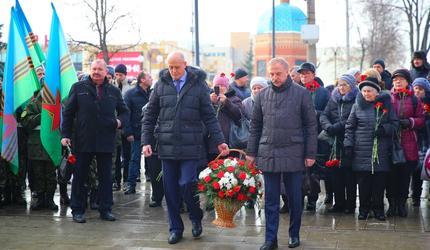 """В подмосковных Люберцах прошел митинг памяти бывших """"воинов-афганцев"""""""