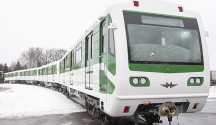 Метровагонмаш отправил в Софийский метрополитен 2 модернизированных поезда метро