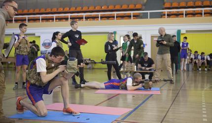 Оборонно-спортивный тренинг для юнармейцев «Защитник будущего» прошел в Москве
