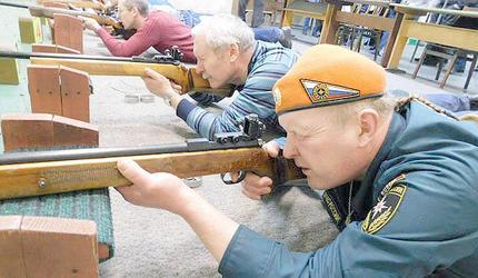 В ДОСААФ Янтарного края пулевая стрельба и каратэ в особом почете