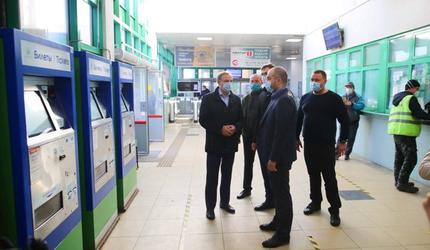 В Люберцах проверили качество дезинфекции железнодорожной станции