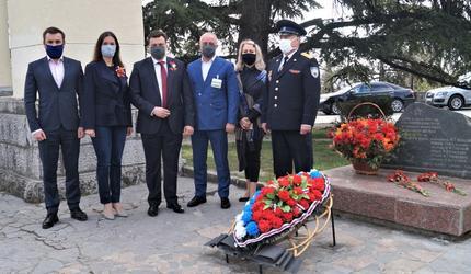 Ялта отметила 76-летие освобождения от фашистских захватчиков