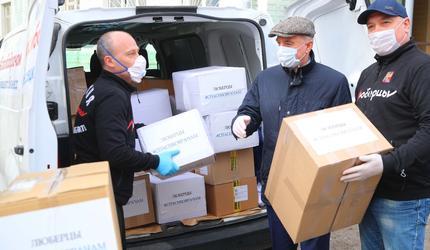 Предприниматели Люберец передали врачам средства индивидуальной защиты