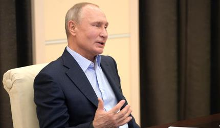 Путин провел встречу с участниками общероссийской акции «Мы вместе»