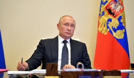 Песков: 9 мая Путин возложит цветы к Вечному огню