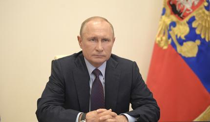 Путин призвал глав регионов не спешить с отменой ограничений по коронавирусу