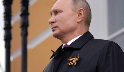 Путин объявил о новой дате проведения парада Победы