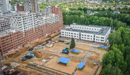Строительство детского сада на 350 мест возобновилось в подмосковных Люберцах