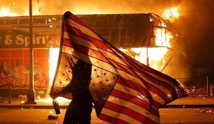 «Страна.ua»: Жизнь в США во время протестов глазами американцев
