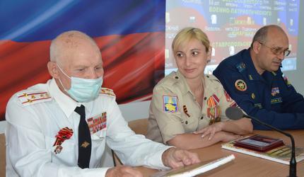 Ставропольская молодежь встретилась с ветераном