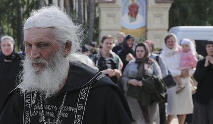 Не по-христиански: за что схиигумена Сергия лишили церковного сана