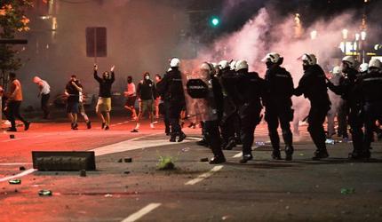 «Беспорядки подогреваются ложными новостями сербской оппозиции» - Вучич
