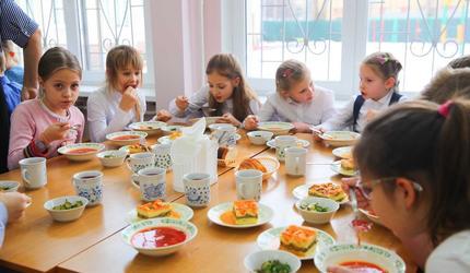 Бесплатные горячие завтраки будут получать ученики начальных классов в Люберцах