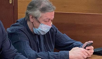 Михаил Ефремов пожаловался на провалы в памяти