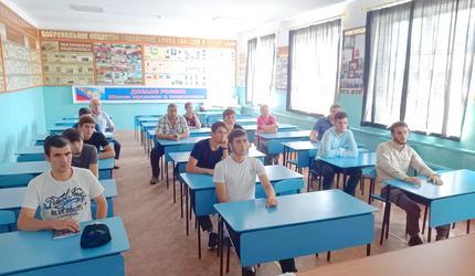 Курсанты ДОСААФ Дагестана участвовали в «Уроке мужества»