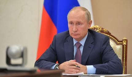 Путин сообщил о второй зарегистрированной вакцине от COVID-19