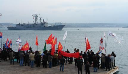 Крым, февраль 14-го. Почему обошлось без крови?