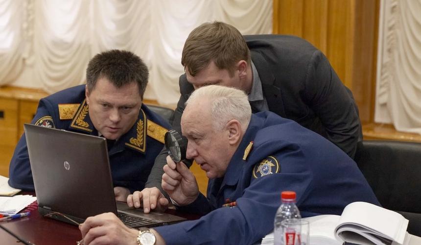 Игорь Краснов (слева) и Александр Бастрыкин (справа). Фото: СК РФ