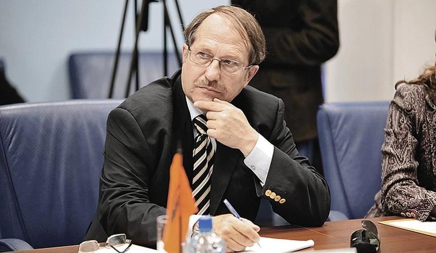 Юрий Тавровский